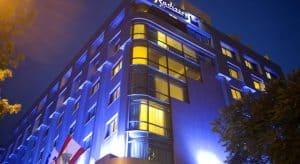 فندق راديسون بلو مارتينز، بيروت