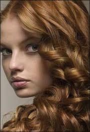 طريقة تجعيد الشعر بالجل