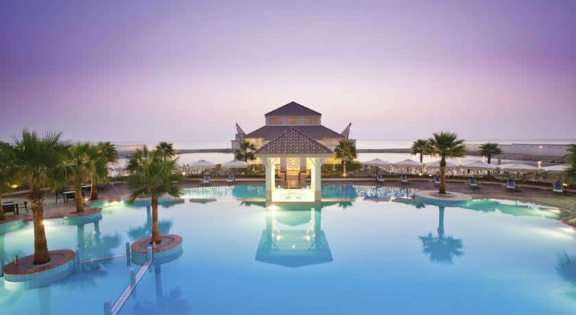 منتجع وشاطىء موفنبيك الخبر بوكنق فنادق الخبر