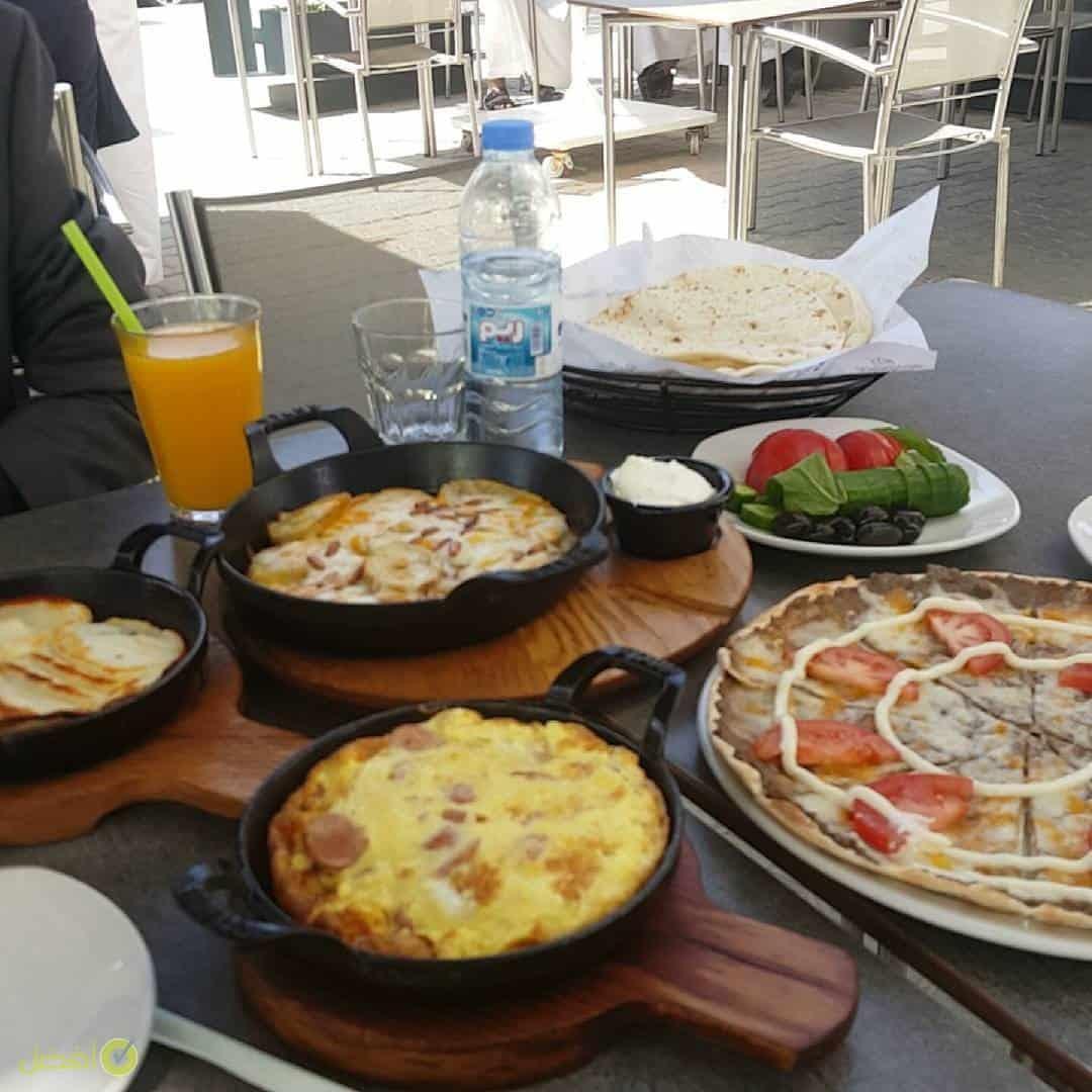 فطور زعتر وزيت افضل مطعم للفطور في الرياض