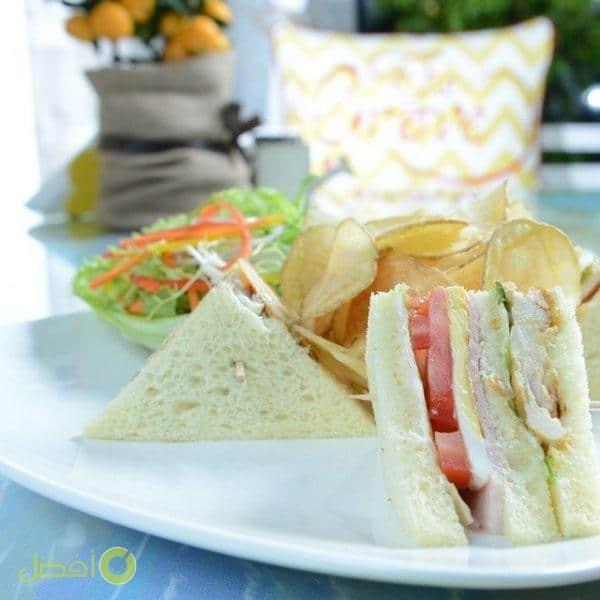ذا قروف كافيه The Grove Restaurant & Café مطعم ريوق بالكويت كباين