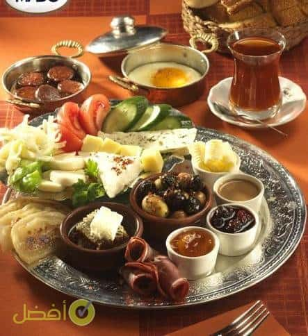 الفطور في حديقة الليمون اسطنبول