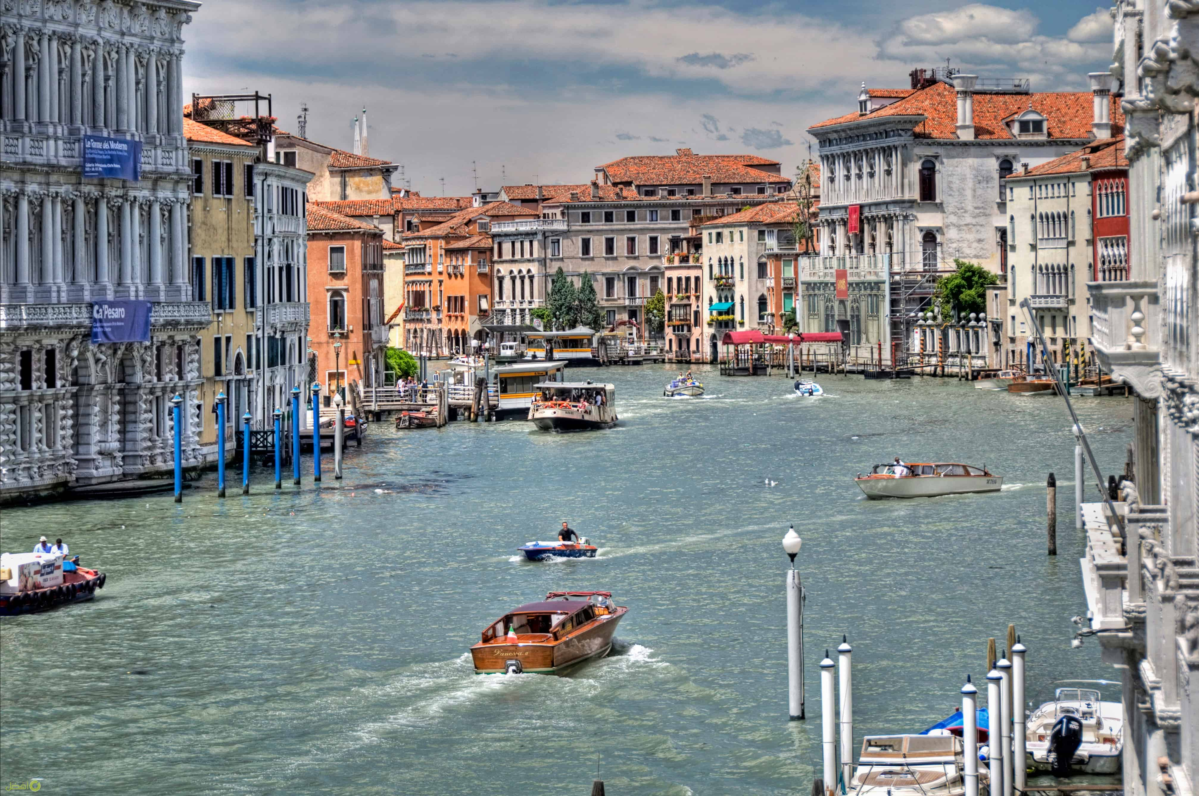 القنال الكبيرة في البندقية من أهم الاماكن السياحية في فينيسيا