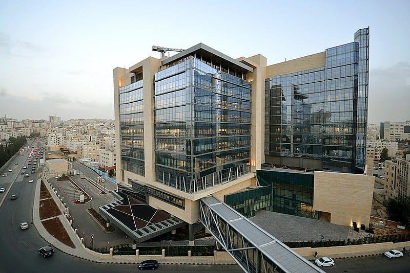 مركز الحسين للسرطان مستشفيات الأردن المميزة