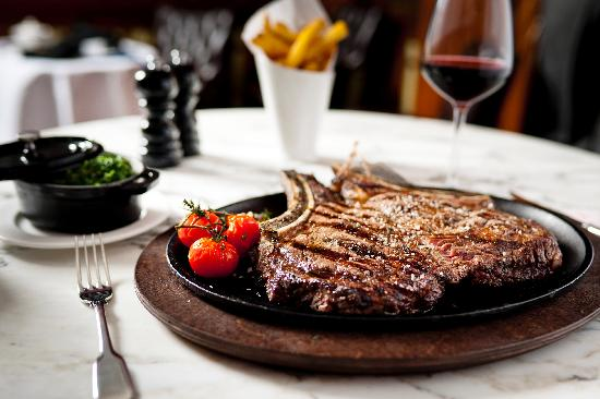 قيلاريز ستيك هاوس أند بار Gillray's Steakhouse & Bar