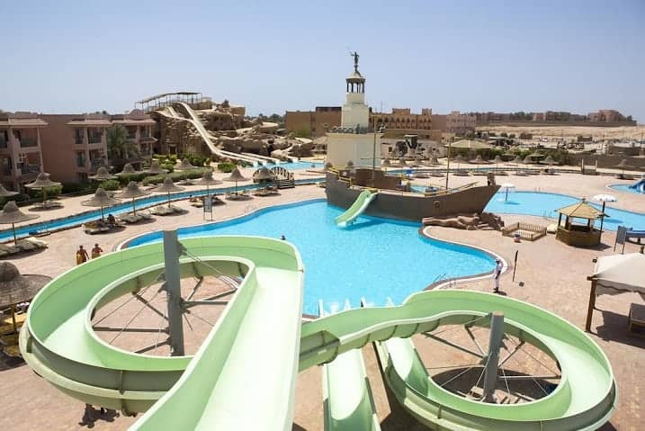 منتجع Parrotel Aqua Park Resort Ex. Park Inn by Radisson