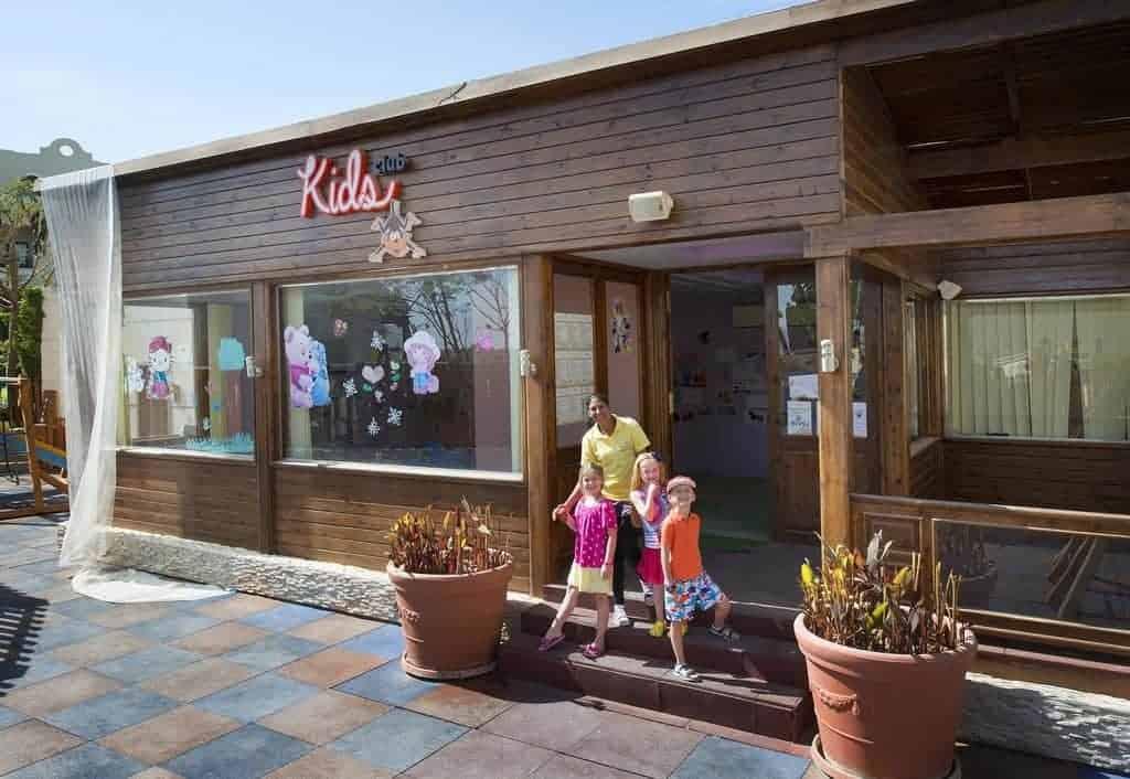 منتجع شاطئ صن رايز أرابين فنادق للأطفال في شرم الشيخ