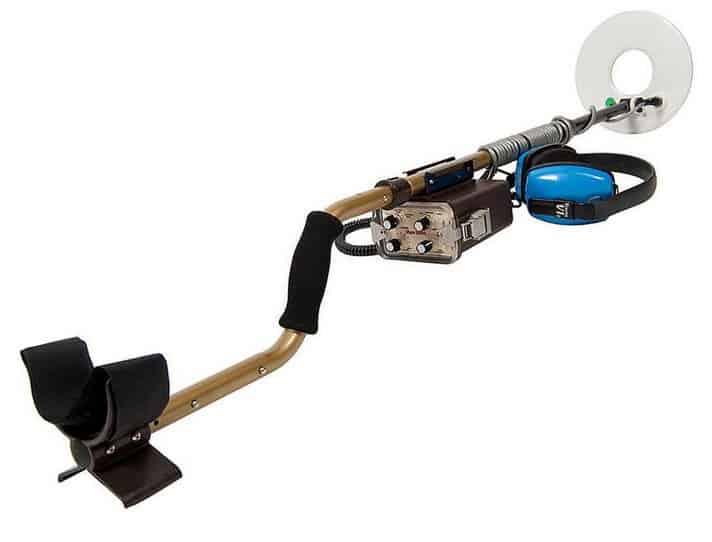 Tesoro Sand Shark اجهزة الكشف عن الذهب الالمانية