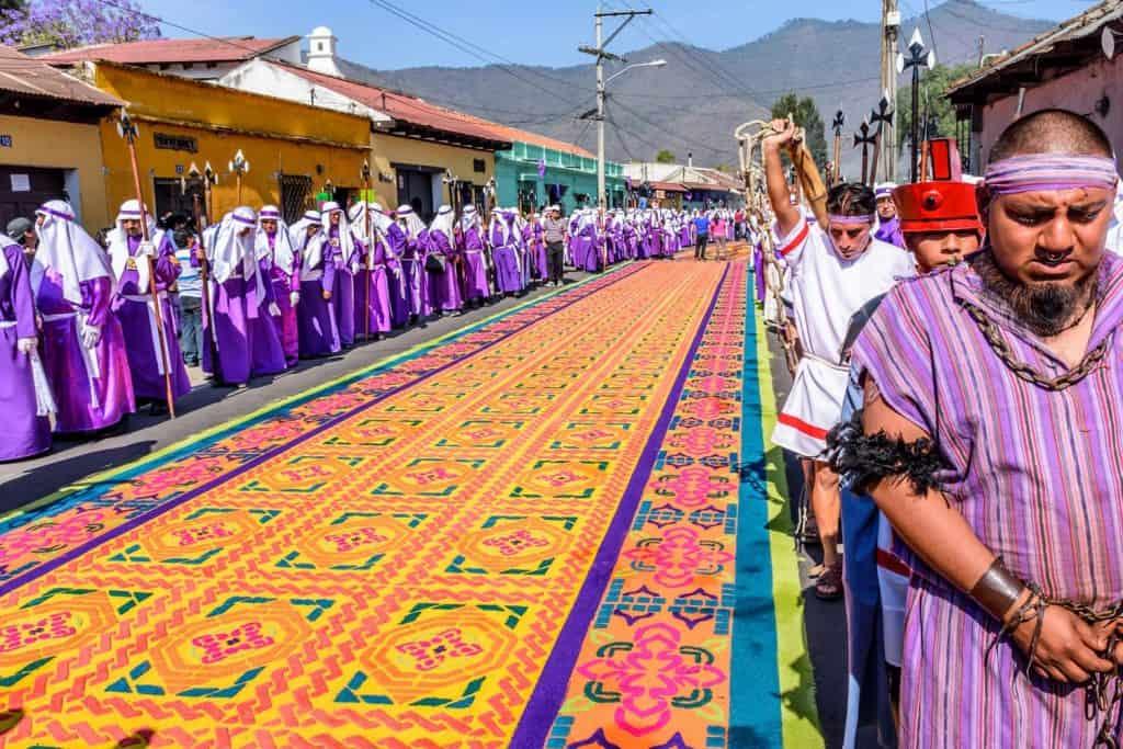 مهرجان سيمانا سانتا افضل المهرجانات حول العالم