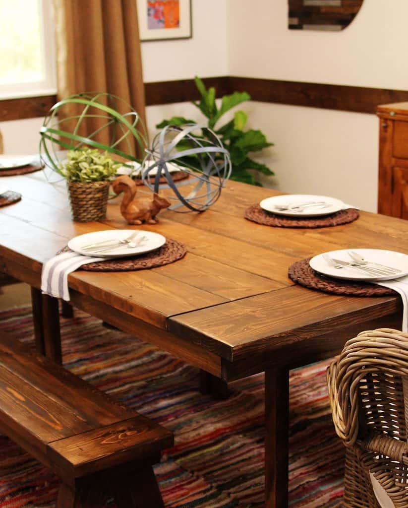 """تحويل طاولة """"اينجو"""" إلى منضدة طعام ريفية"""