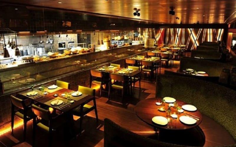 مطعم chinar