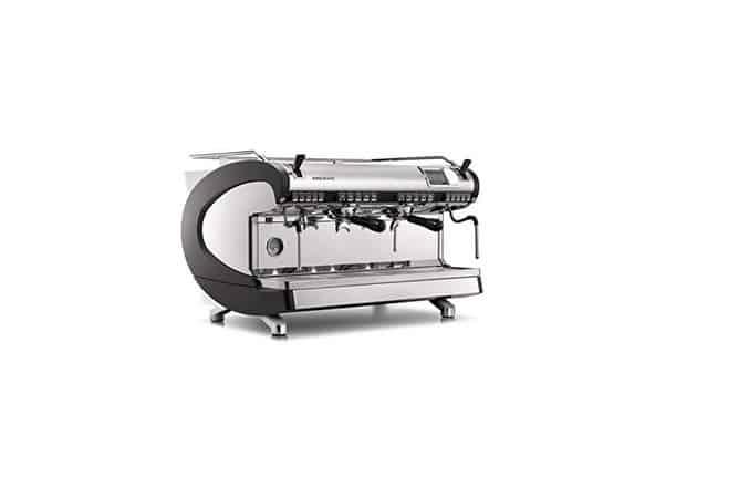 Nuova-Simonelli افضل مكائن القهوة للمحلات