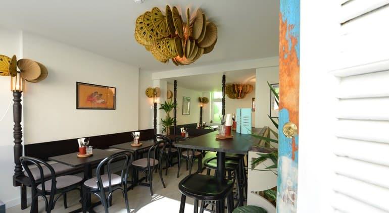 مطعم Calcutta Street