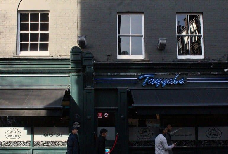 مطعم هندي في لندن للمجموعات ديشوم في كينغز كروس