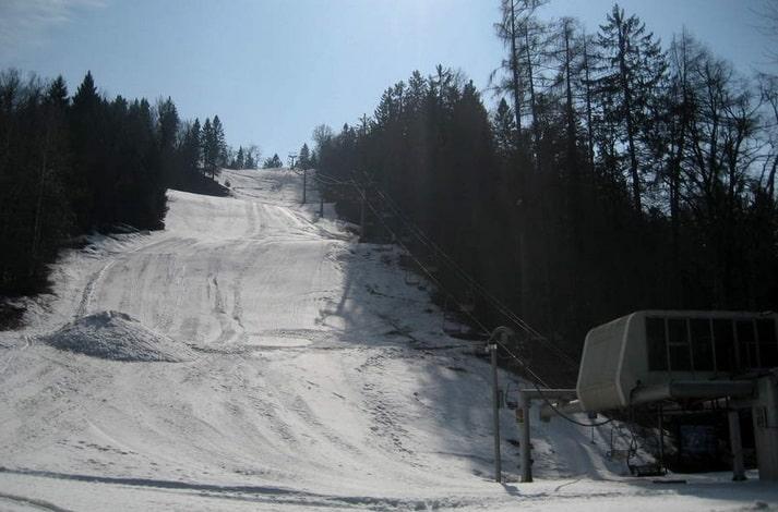افضل منتجعات التزلج على الثلج في سلوفينيا منتجع بليد سترزا للتزلج Bled Straza
