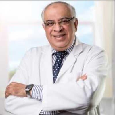 دكتور محمد حلمي ثابت