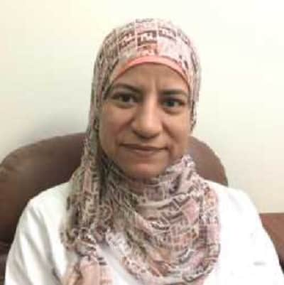 افضل دكتور نساء وولادة في مدينة جدة دكتورة منى فاروق