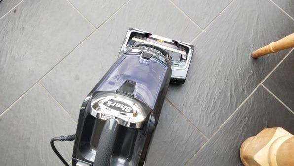 افضل مكنسة كهربائية لتنظيف شعر الحيوانات shark DuoClean Powered Lift-Away Upright NZ801UKT