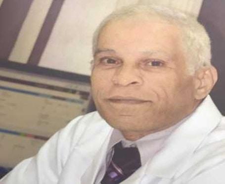 افضل طبيب ذكورة وعقم في الرياض دكتور عادل عوض