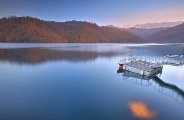 بحيرة غويغول Goygol