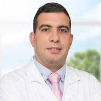 دكتور محمود حرب