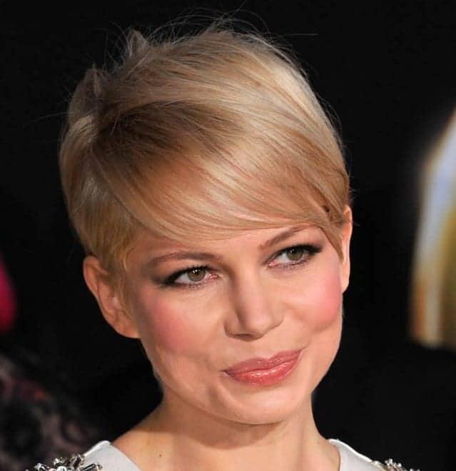 افضل تسريحات للشعر القصير قصة شعر بيكسي لميشيل ويليامز Michelle Williams's Pixie Haircut