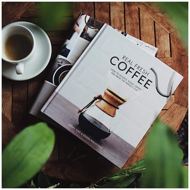 كتاب Real Fresh Coffee دليل القهوة الطازجة