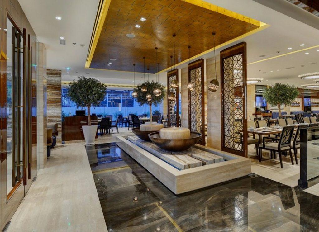 مطعم الصفدي على رأس قائمة افضل مطعم لبناني في دبي